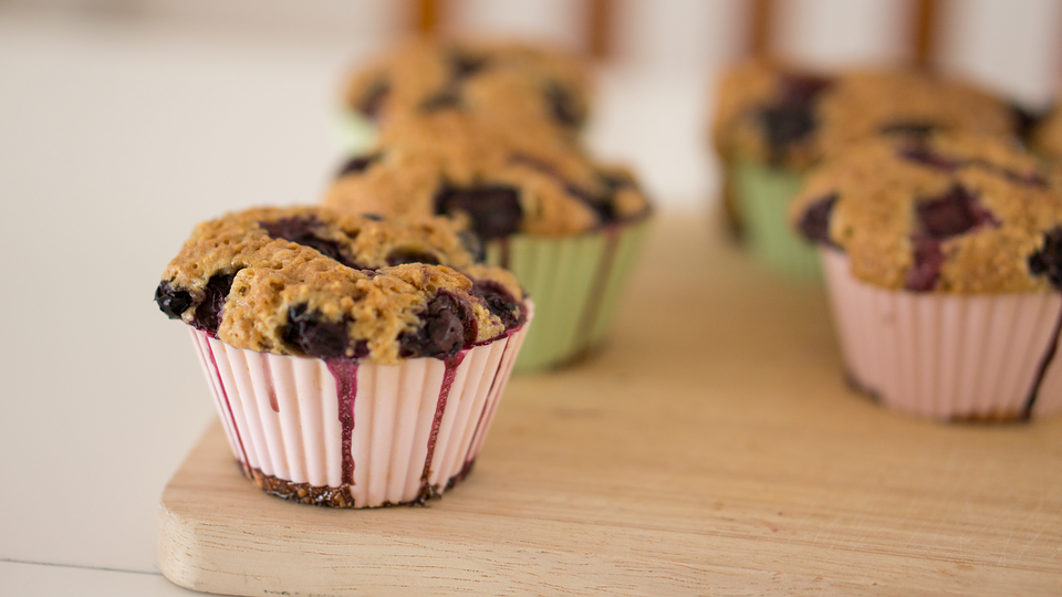 Gluten+Free+Banana+Blueberry+Muffins_9